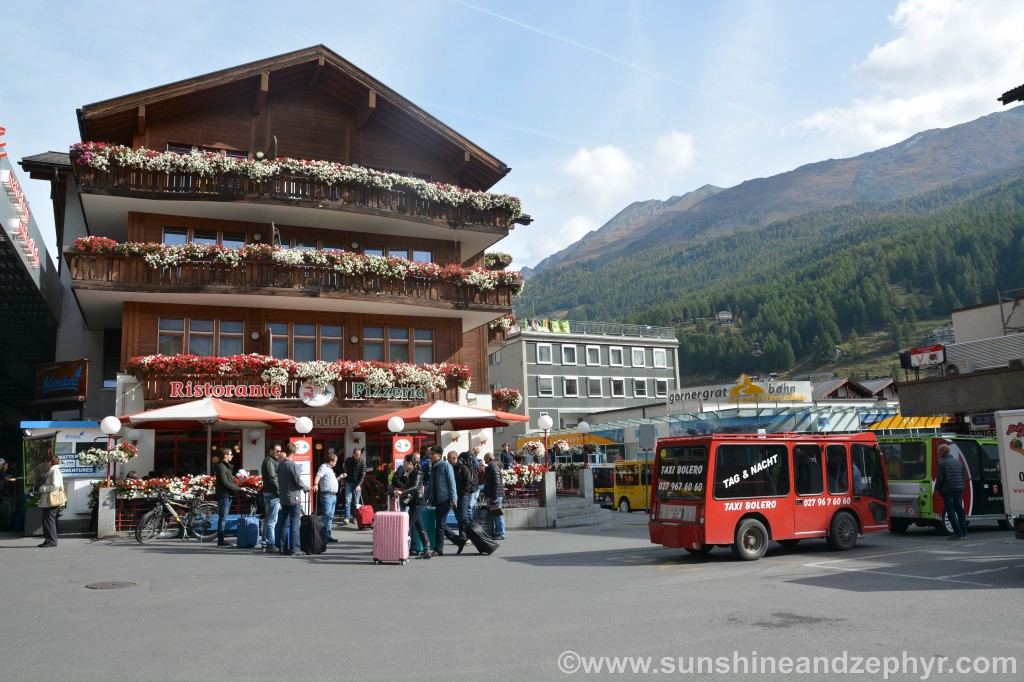 Zermatt station - Electric vehicles